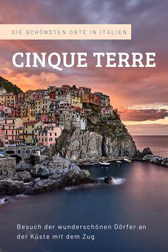 Die Cinque Terre sind die vermutlich schönsten fünf Küstendörfer in Italien an der Küste des ligurischen Meeres oberhalb von La Spezia. Die Orte der Cinque Terre von Nord nach Süd sind Monterosso al Mare, Vernazza, Corniglia, Manarola und Riomaggiore. Alle Dörfer sind sowohl über einen schönen Wanderweg entlang der Küste als auch optimal mit dem Zug verbunden. Cinque Terre Italy, Riomaggiore, By Train, Road Trips, Travel Photography, Train, Italy, World, Nice Asses