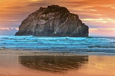 The Southern Oregon coast is a photographers dream. Beautiful Rock formations, dunes, and stunning sunsets. I am in love with Oregon but this is one of my favorites. Thank you for veiwing and commenting on my photo. Oregon Coast Camping, Southern Oregon Coast, State Of Oregon, Oregon Vacation, Oregon Travel, Bandon Oregon, Newport Oregon, Senior Trip, 10th Birthday