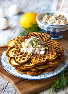 Savoury Baking, Just Eat It, Waffle Iron, Cheap Meals, Food Inspiration, Waffles, Good Food, Food Porn, Food And Drink