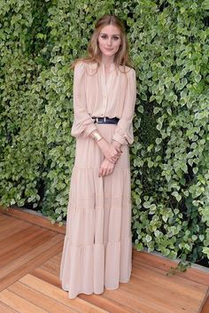 Olivia Palermo in boho chic maxi dress / gown. women's fashion and style. Moda Fashion, Hijab Fashion, Womens Fashion, Dress Skirt, Dress Up, Nude Dress, Modest Maxi Dress, Chiffon Maxi Dress, Shirt Dress