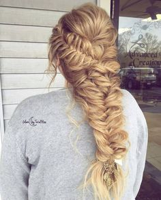 """Gefällt 551 Mal, 3 Kommentare - Luxy Hair (@luxyhair) auf Instagram: """"Wow, this braid 😍😍 by @glambytoriebliss with Dirty Blonde clip-in @luxyhair extensions for that…"""""""