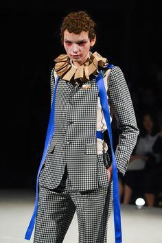 アンダーカバー 2016年春夏コレクション - ピエロが欺くロックンロール・サーカス - 写真2 | ファッションニュース - ファッションプレス