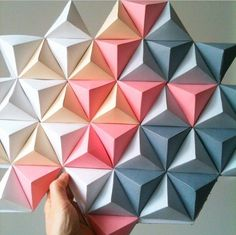 ideas for origami decoration geometric diy Diy Origami, Useful Origami, Origami Design, Origami Flower, Origami Ideas, Oragami, Art Diy, Diy Wall Art, Wall Art Designs