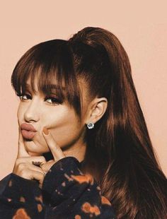 30 Sexiest Wispy Bangs You Need to Try in 2019 - Style My Hairs - ariana-grande-wispy-bang-hairstyle-cool-hairstyles - Ariana Grande Fotos, Ariana Grande Style, Ariana Grande Bangs, Cabello Ariana Grande, Ariana Grande Pictures, Ariana Grande Fringe, Ariana Grande Hairstyles, Ariana Grande Tumblr, Ariana Grande 2018
