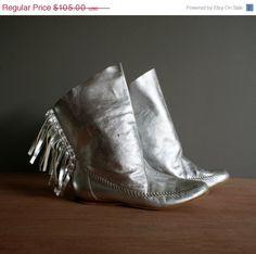 Vintage SILVER Moccasin FRINGE Boots size 8.5 by heightofvintage