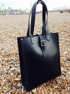 byalexanderfassam   A bag like me Leather Satchel, Parka, Kate Spade, Take That, London, Unisex, Bags, Handbags, Leather Briefcase