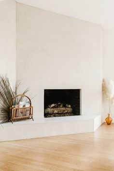 Indian Home Interior .Indian Home Interior Home Decor Signs, Cheap Home Decor, Minimal Home, Minimal Style, Home Decor Pictures, Fireplace Design, Inset Fireplace, White Fireplace, Indian Home Decor