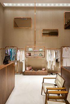 Yvy feminine store design in Sao Paulo