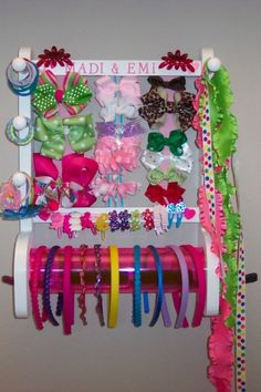 New Hair Accessories Storage Ideas Head Bands Ideas Organizing Hair Accessories, Girls Hair Accessories, Bow Hair Clips, Hair Bows, Bow Clip, Hair Clip Organizer, Hair Product Organization, Diy And Crafts, Crafty