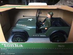 Ben Brown, Tonka Toys, Boxes, Canada, Military, Toys, Hilarious, Crates, Box