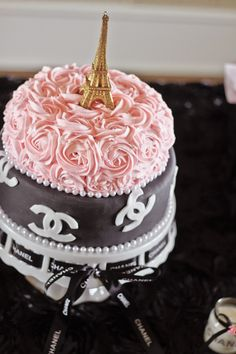 chanel bridal shower cake mayram zoilacakes chanel chanel cake chanel party