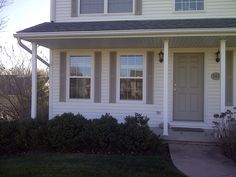 When people come to visit your home, the front door is probably one of the first things they will notice. The quality and appearance of your door is important to your home, and when this door becomes old or damaged, you will need to think about replacing it. If you are looking for doors in Peoria, IL, here are some features you should think about.