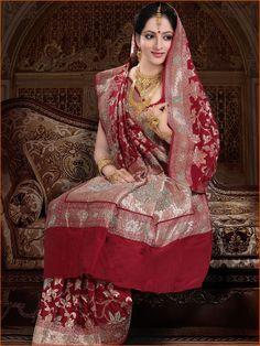 #Maroon Pure #Banarasi #Silk #Saree with #Blouse @ $631.77 | Shop Here: http://www.utsavfashion.com/store/sarees-large.aspx?icode=slsnn28
