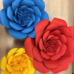 Kit 8 flores gigantes 4th Birthday Parties, 1st Birthday Girls, Anniversaire Wonder Woman, Snow White Birthday, Beauty And The Beast Party, Disney Princess Party, Paper Flowers Diy, Diy Party, Birthdays