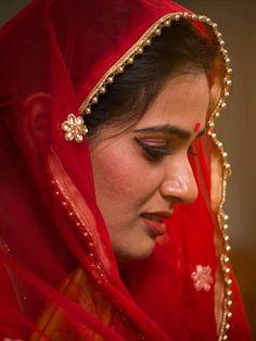 Beautiful Girl Indian, Beautiful Indian Actress, Beautiful Actresses, Gorgeous Women, Bollywood Actress Hot Photos, Beautiful Bollywood Actress, Cute Beauty, Beauty Full Girl, Indian Bridal Fashion