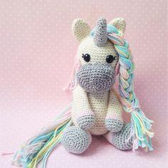 Haakpatroon eenhoorn Twinkle - Sugary Sweet Design Doll Toys, Dolls, Crochet Unicorn, Cute Crafts, Amigurumi Doll, Twinkle Twinkle, Crochet Toys, My Little Pony, Fundraising