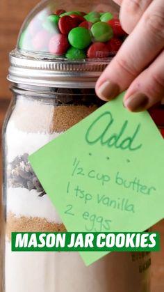 Mason Jar Meals, Mason Jar Crafts, Mason Jars, Fun Baking Recipes, Cookie Recipes, Dessert Recipes, Jar Gifts, Food Gifts, Holiday Treats