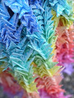 Thousand origami cranes Origami Cranes, Color Palate, Paper Folding, Traditional Art, Art Forms, Colour, Plants, How To Make, Color