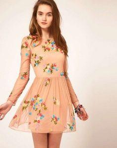 fotos de vestidos cortos de moda con manga