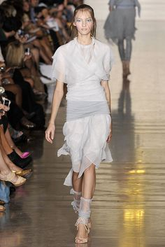 Jill Stuart Spring 2009 Ready-to-Wear - Collection - Gallery - Style.com