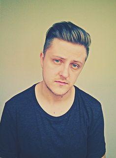 Dave Boss. men fashion style hair undercut rapper artist