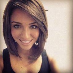 11 peinados medio largos para morenas! | http://www.cortesdepelomujer.net/cortes-de-pelo-para-mujeres/11-peinados-medio-largos-para-morenas/1084/