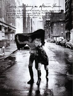 Peter Lindbergh - Pamela Anderson & Tommy Lee, Harpers Bazaar (diciembre 1995)