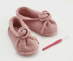 crochet slippers japanese diagrams. These are awesome. If anyone translates the pattern please post it