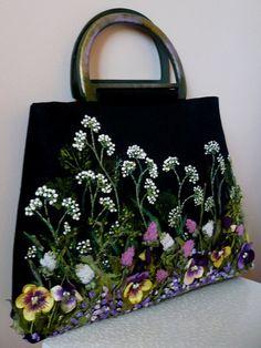 An exclusive collection of handbags copyright Natalia Kolesnikova LAVDIA. Discussion on LiveInternet - Russian Service Online Diaries