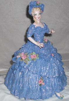 Lace Draping Porcelain Doll | ... Carrara, using Flesh and Wedgewood Blue the lost art of lace draping