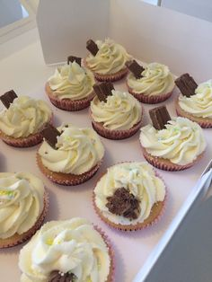 """""""99's"""" Vanilla cupcakes and butter cream, with a flake"""