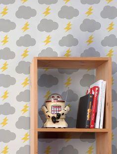 Daylight cloud lightning bolt wallpaper
