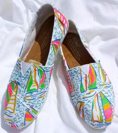 Lilly Pulitzer Inspired Hand Painted Toms. Gimme.