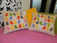 Прекрасные декоративные подушки в интерьере