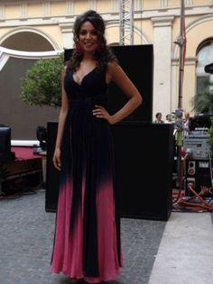 http://www.leichic.it/donna-vip/enrica-saraniti-indossa-carlo-pignatelli-per-il-suo-debutto-su-rai-uno-22266.html