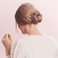 """Pearl Pin Set 