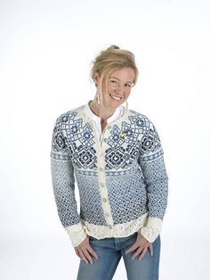 Ravelry: Porselensblomst pattern by Trine Lise Høyseth Fair Isle Knitting Patterns, Fair Isle Pattern, Knitting Designs, Lace Knitting, Knit Crochet, Cardigan Design, Nordic Sweater, Icelandic Sweaters, Knit Fashion