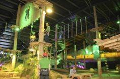 Word een echte Tarzan bij Coronel Adventure Indoor Klimpark in Huizen en klauter en klim alsof je leven ervan afhangt!
