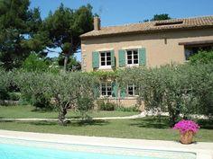 Chambres d'hôtes entre Avignon et le #Luberon, dans le petit village viticole de Jonquerettes #vaucluse