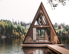 Waterfront lake house is a conceptural design located in New Brunswick, Canada. The house is a 20 mins walk from the entrance of the north rockwood park. Hut House, Tiny House Cabin, Tiny House Design, Cabin Homes, Cabin Design, A Frame House Plans, A Frame Cabin, Cabins In The Woods, House In The Woods