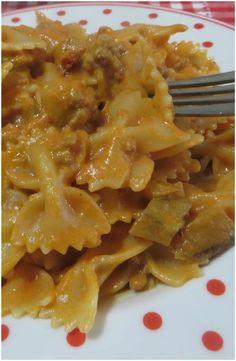 Pasta melanzane e salsiccia, buonissima !! #pasta #salsiccia #melanzane #ricettegustose