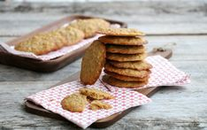 Havreflarn Snacks, Cookies, Desserts, Food, Crack Crackers, Tailgate Desserts, Appetizers, Deserts, Biscuits