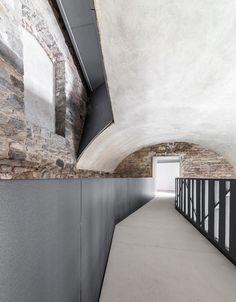 CN10 Gianluca Gelmini Architetto — Torre del Borgo Villa d'Adda