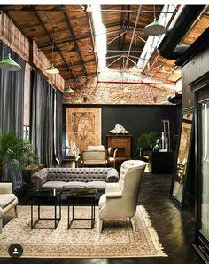 〚 Loft hotel La Alondra in Paraguay capital 〛 ◾ Photos ◾Ideas◾ Design Loft Interior, Decor Interior Design, Interior Design Living Room, Interior Decorating, Loft Design, Küchen Design, House Design, Industrial Interiors, Industrial House