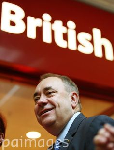 Alex Salmond at East Kilbride shopping Centre on the last day of campaigning ahead of voting in the Scottish Referendum.