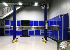 Shop Cabinets, Garage Cabinets, Garages, Garage Door Opener, Garage Doors, Garage Workshop Organization, Diy Workshop, Organization Ideas, Aluminum Garage