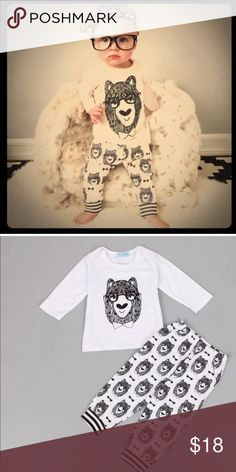 ✨🛍HOST PICK🛍✨Baby bear outfit size 18 months As is! Great condition, from a smoke free home! Ask us to bundle and always feel free to contact us if we can answer questions or be helpful with working out pricing. The more you bundle the more you save. Pay the shipping only once! ENJOY & TY for shopping with us! 💁🏼🛍 Matching Sets