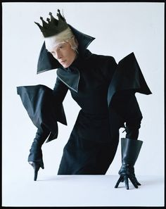 Really interesting Hamlet costume.