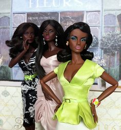 """ These Girlfriends Dolls are  waiting to see the Winter Gala Affairs' guests arrive on the Red Carpet of tonight's event at this Grand Old Mansion that is over 200 hundred years old."" These Dolls are not  on the VIP Guests List for the Red Carpet Winter Gala Affair."