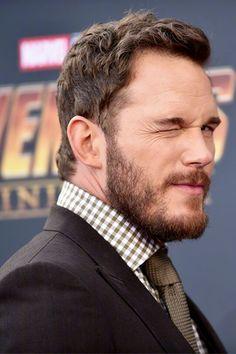 Star Lord, Pretty Men, Beautiful Men, Actor Chris Pratt, Mens Hairstyles With Beard, Evan Peters, Ben Affleck, Hollywood Actor, Hairy Men